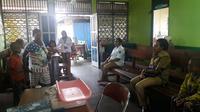 Pemulihan pasca KLB Campak dan gizi buruk di Asmat dengan memperkuat  layanan puskesmas. (Biro Komunikasi dan Pelayanan Masyarakat Kementerian Kesehatan RI)