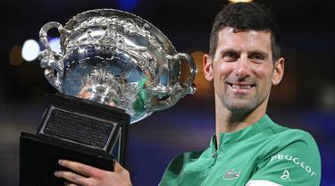 FOTO: Taklukkan Daniil Medvedev, Novak Djkovic Pertahankan Gelar Juara Australia Terbuka