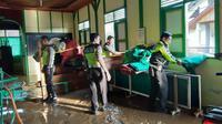 Selain satu warga Solok yang meninggal, banjir bandang yang menerjang setidaknya tiga nagari itu menyebabkan lebih dari tiga ton gabah kering siap jual hanyut.