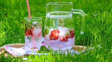 Es Buah Semangka Strawberry