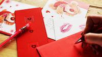 Biasanya Hari Valentine dipakai oleh segelintir orang untuk mengekspresikan cinta kepada pasangannya.