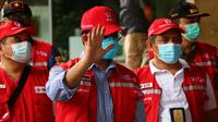 Gubernur DKI Jakarta Anies Baswedan menyampaikan rasa bangga kepada relawan Palang Merah Indonesia (PMI) DKI Jakarta yang ikut menangani COVID-19 saat apel di Balai Kota Provinsi DKI Jakarta, Minggu (10/1/2021). (Dok PMI DKI Jakarta)