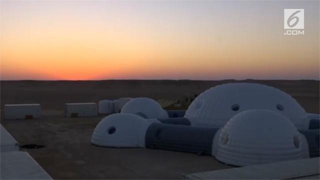 Gurun Dhofar dibuat memiliki suasana seperti di Mars. Para ilmuwan meneliti di sini, mulai dari robot, rumah kaca, dan  pesawat.