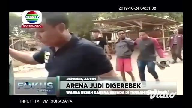Perang terhadap praktek perjudian kian gencar dilakukan. Di Jember, Jawa Timur, polisi menggerebek arena judi kartu domino, yang dilakukan di tengah perkampungan sehingga menyebabkan keresahan warga sekitar.