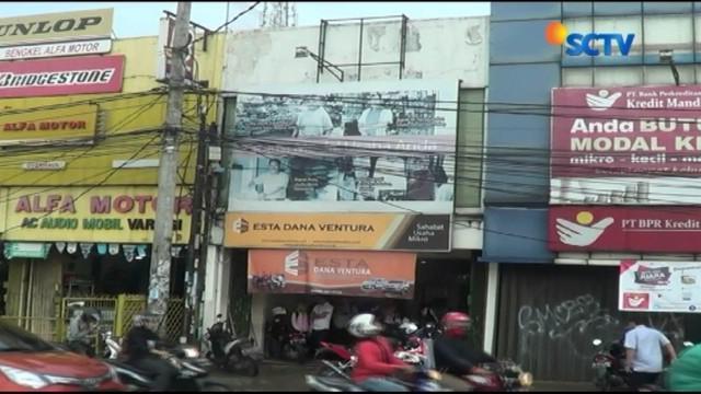 Dua dari tiga perampok tewas ditembak polisi dari Polsek Pamulang karena berupaya melarikan diri, setelah mencoba membobol satu ruko di Jalan Siliwangi, Pamulang, Tangerang Selatan.