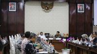 Pemerintah Kota (Pemkot) Surabaya menerima Kunjungan Kerja (Kunker) dari Badan Pembentukan Peraturan Daerah DPRD Provinsi DKI Jakarta. (Foto: Liputan6.com/Dian Kurniawan)