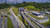Kemacetan terjadi karena adanya pembangunan sejumlah infrastruktur penting di kawasan ini.