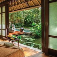 Bugarkan kembali tubuh yang lelah dengan perawatan khas dari Four Seasons Bali, Sayan (Foto: Four Seasons))