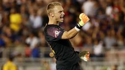 1. Jasper Cillessen (Kiper) - Dari Barcelona ke Valencia dengan harga 35 juta euro. (AFP/Victor Decolongon)