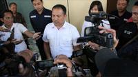 Direktorat Reserse Kriminal Khusus (Ditreskrimsus) Polda Jatim membongkar kasus jual beli online secara fiktif. (Foto: Liputan6.com/Dian Kurniawan)