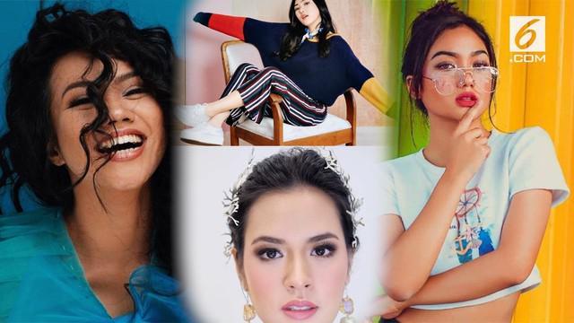 Anugerah Musik Indonesia atau AMI Awards 2018 telah digelar. Sejumlah nama solois wanita Indonesia berhasi membawa pulang piala AMI.