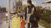 Kamala Harris bersama ibu dan adiknya (Kamala Harris)