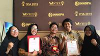 Mahasiswa Universitas Airlangga Surabaya ciptakan med buddies dan sabet emas di Wintex. (Foto: Liputan6.com/Dian Kurniawan)