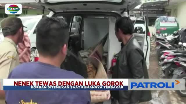 Seorang nenek di Tasikmalaya, Jawa Barat, ditemukan tewas dengan luka sayatan di leher saat rumahnya terbakar.