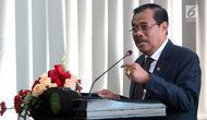 Jaksa Agung HM Prasetyo menyampaikan keterangan saat penandatanganan nota kesepahaman di Jakarta, Kamis (1/3). Kerja sama ini juga bertujan untuk mewujudkan sinergitas di bidang penyelenggaraan pemerintah terkait infrastruktur. (Liputan6.com/JohanTallo)