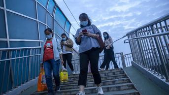 COVID-19 di China Melonjak, Warga Diminta Tinggal di Rumah Selama Liburan