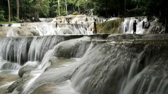 8 Wisata Air Terjun Di Indonesia Yang Mirip Niagara Tak Kalah Memukau Hot Liputan6 Com