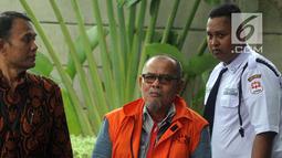 Muhammad Nasir tiba di Gedung KPK, Jakarta, Rabu (13/3). Muhammad Nasir diperiksa terkait kasus dugaan korupsi proyek peningkatan jalan Batu Panjang, Pangkalan Nyirih di Kabupaten Bengkalis, Provinsi Riau tahun 2013-2015. (merdeka.com/Dwi Narwoko)