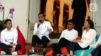 Presiden Joko Widodo mengenalkan staf khusus di Istana Merdeka, Jakarta (21/11/2019). Staf khusus baru kalangan milenial yakni Pendiri Ruang Guru Adamas Belva Syah Devara, CEO Founder Creativepreneur Putri Indahsari Tanjung, Pendiri Thisable Enterprise Angkie Yudistia. (Liputan6.com/Angga Yuniar)
