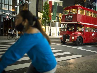 Potret Suasana Distrik Perbelanjaan Ginza Tokyo