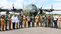 Pemberangkatan logistik dari Korem 143 Halu Oleo untuk korban gempa Sulawesi Barat.(Liputan6.com/Ahmad Akbar Fua)