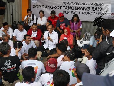 Menhub Budi Karya Nongkrong Bareng Sopir Angkot di Tangerang