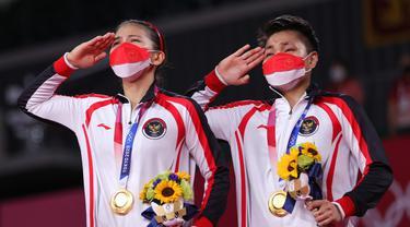 Kemenangan ganda putri bulu tangkis Indonesia Greysia Polii/Apriyani Rahayu di Olimpiade Tokyo 2020.