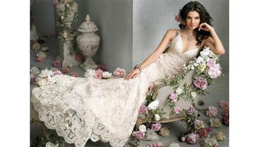 5 Gaun Pernikahan Terbaik Para Ratu dan Selebriti Dunia