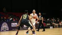 Aksi Valentino Wuwungan saat Pelita Jaya kalah dari Pacific (Dok IBL)
