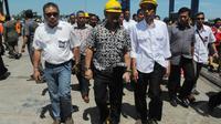 Penandatanganan dilakukan sekitar pukul sekitar pukul 11.00 WITA, di pelabuhan peti kemas Makassar, Sulawesi Selatan, Minggu (11/5/14). (Liputan6.com/Herman Zakharia)