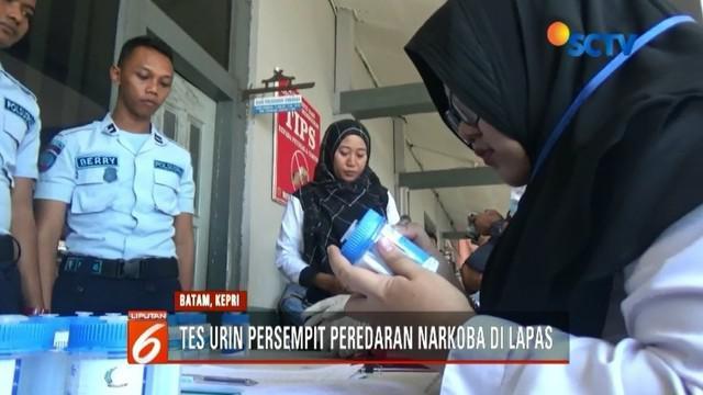 Sebanyak 55 pegawai Rutan Kelas 1A Tanjung Pinang jalani tes urin oleh jajaran BNN secara mendadak. Hal itu dilakukan untuk mengantisipasi peredaran narkoba dalam lapas.