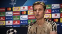 Frenkie de Jong resmi gabung dengan Barcelona (ANGELOS TZORTZINIS / AFP)