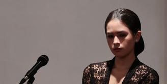 Maudy Ayunda, sebagai wanita generasi penerus bangsa memandang sosok Kartini sebagai salah satu inspirator dalam hidupnya. Memperingati Hari Kartini setiap tahun, Maudy punya cara unik yang sederhana. (Deki Prayoga/Bintang.com)
