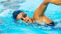 Berenang merupakan salah satu olahraga yang bisa membuat hidup lebih lama