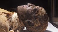 Penelitian terbaru mengungkapkan, salah satu firaun Mesir ternyata dibunuh dengan cara dikeroyok
