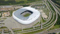 Pembangunan Football Arena Munich dimulai pada 21 Oktober 2002 dan resmi dibuka pada 30 Mei 2005 setelah menghabiskan biaya 340 juta euro. (AFP/Christof Stache)