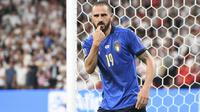 Istimewanya lagi, Leonardo Bonucci pun mencatatkan rekor yakni sebagai pemain tertua yang mencetak gol di final Euro yakni pada usia 34 tahun 71 hari. (Foto:AFP/Andy Rain)