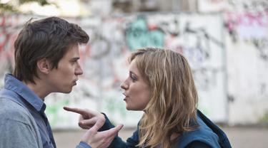 15 Hal Bodoh yang Dapat Menghancurkan Pernikahan Anda