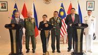 Indonesia menjadi inisiator pertemuan trilateral (tiga negara) antara Indonesia, Malaysia dan Filipina di Gedung Agung Yogyakarta. (Dokumentasi Humas Setkab/Jay)