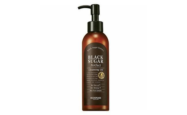 Skinfood Black Sugar Cleansing Oil/copyright sociolla.com