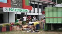 Korban gempa dan tsunami Palu butuh pasokan air bersih dalam kondisi tanggap darurat bencana. (Biro Komunikasi dan Pelayanan Masyarakat, Kementerian Kesehatan RI)