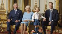 Foto ini disediakan oleh Istana Buckingham dan dirilis pada tahun 2016. (Liputan6/Ranald Mackech/AP)