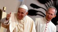 Paus Fransiskus saat berada di Antananarivo, Madagaskar, 7 September 2019. (AP)