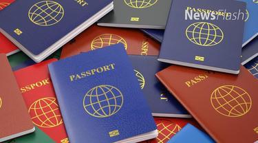 Direktur Jenderal Imigrasi Ronny Franky Sompie mencabut aturan permohonan paspor yang mensyaratkan memiliki tabungan Rp 25 juta.