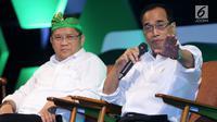 Menhub Budi Karya Sumadi dan Menkominfo Rudiantara memberi keterangan pers saat peluncuran layanan Go-Jek dari Sabang hingga Merauke di Jakarta, Rabu (15/8). (Liputan6.com/Fery Pradolo)