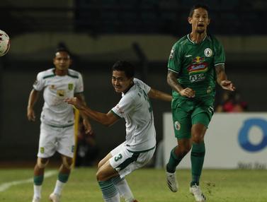 FOTO: PS Sleman Imbangi Persebaya Surabaya Tanpa Gol di Babak Pertama - Irfan Bachdim; Reva Adi Utama
