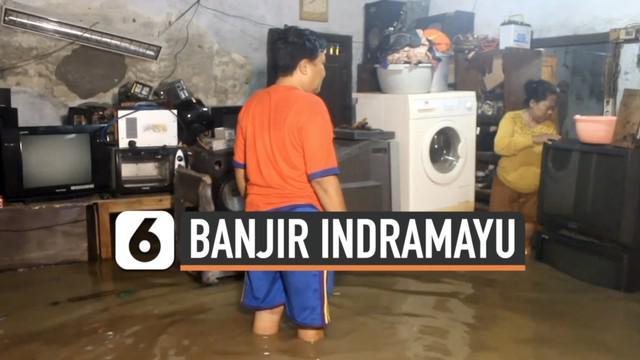 Sedikitnya 200 rumah di Kabupaten Indramayu terendam banjir Senin (8/2) dini hari. Banjir dipicu curah hujan tinggi serta luapan air sungai.