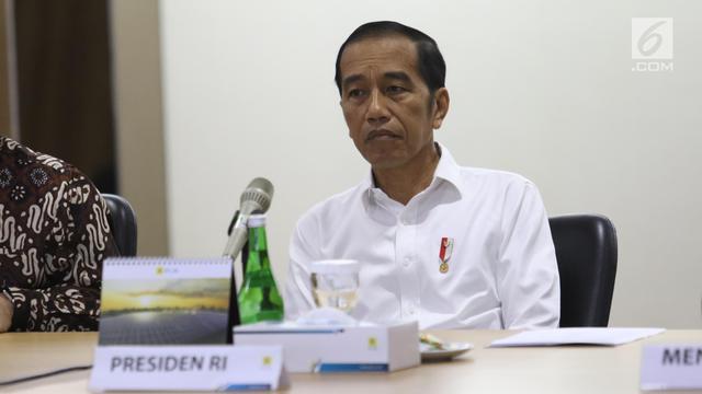 Jokowi Datangi Kantor PLN