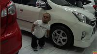 Ucok Baba menjual mobilnya (YouTube)