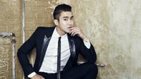 Siwon `Super Junior` menunjukkan tubuh berototnya demi drama yang diperankannya, She Was Pretty.